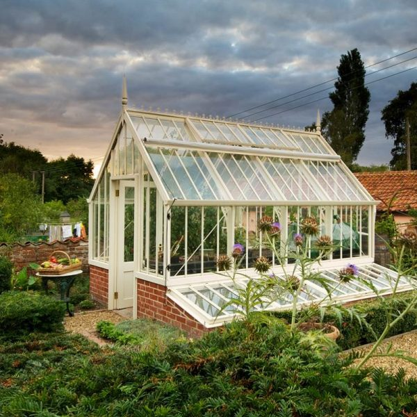Downland Stone Scotney greenhouse