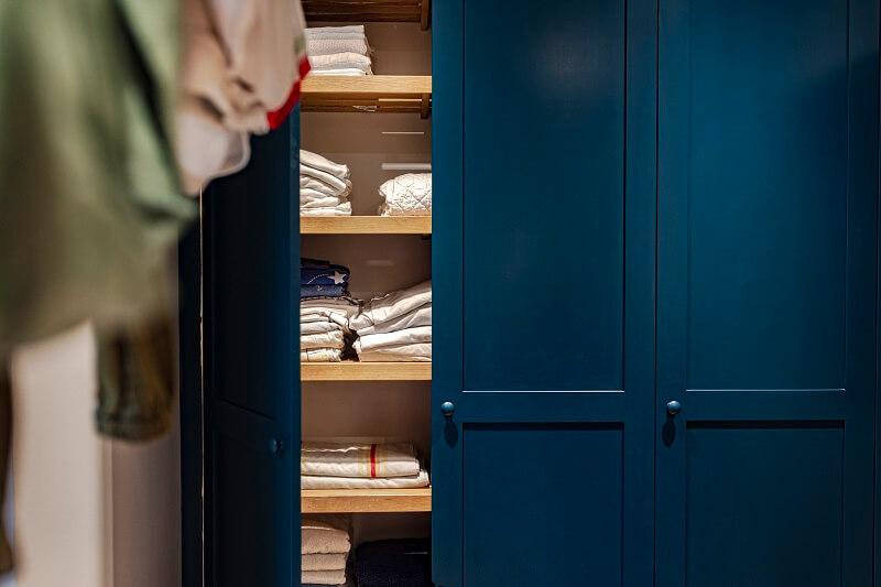 Wardrobe/Linen cupboard colour in Deep Green Blue Grey